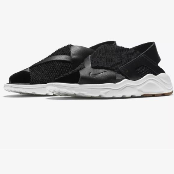 Nike Shoes | Women Air Huarache Sandals